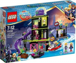 41238 LEGO SUPER HERO LENA LUTHOR TOVÁRNA NA KRYPTOMIT