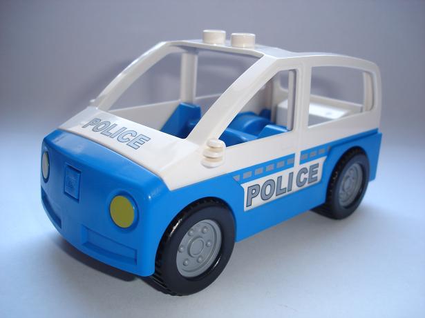 N711 DUPLO NOVÉ POLICEJNÍ AUTO
